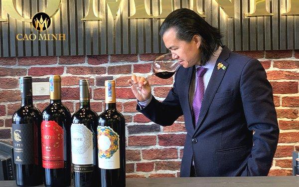 """Không """"sành"""" vẫn chọn được rượu vang ngon - Bí quyết chia sẻ từ chuyên gia Alex Thịnh"""