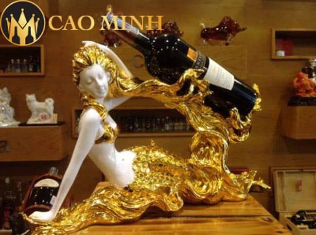 Kệ rượu vang Nàng tiên cá mạ vàng