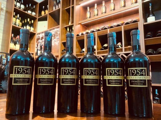 Đặc điểm của rượu vang Appassimento 1954