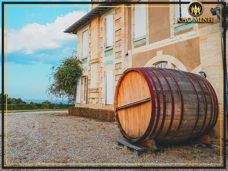 Quy trình sản xuất rượu vang Chateau Laubes