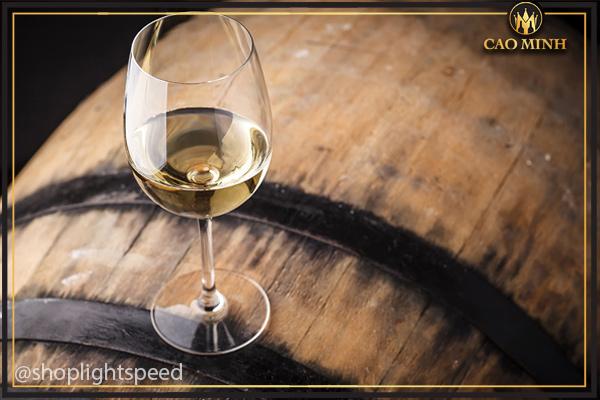 Rượu càng ngon hơn khi được ủ lâu năm