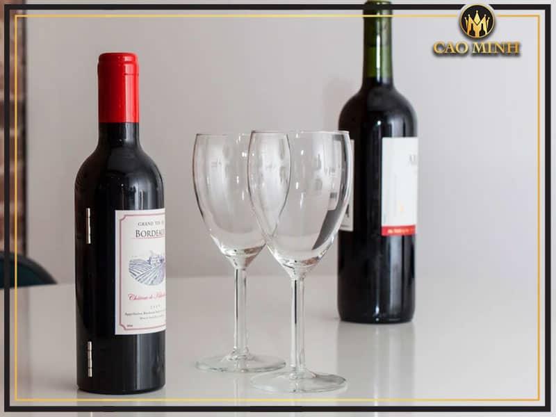 Rượu vang chưa mở để được bao lâu