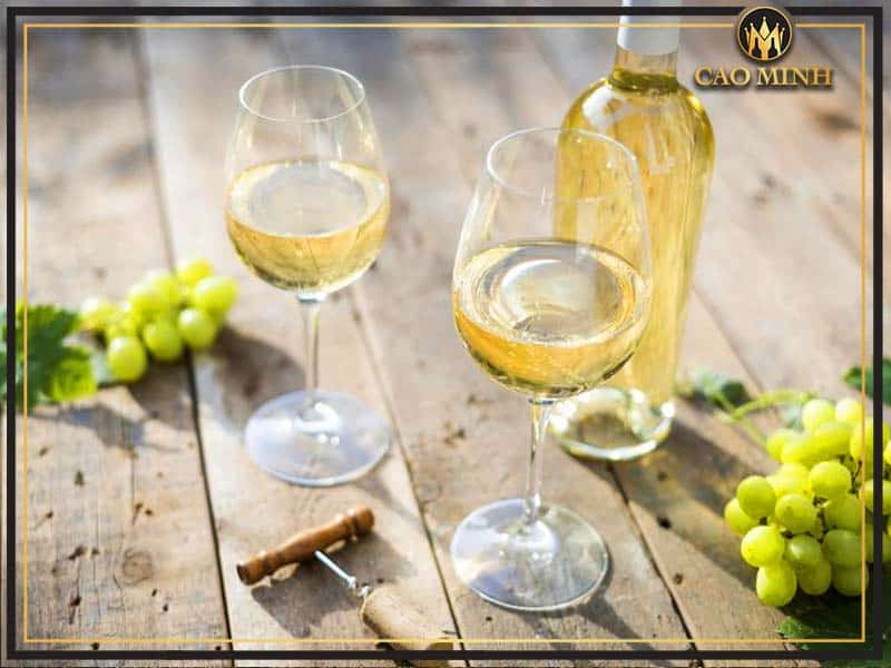 Rượu vang trắng là gì