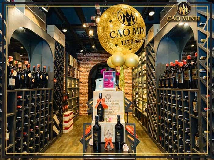 Showroom rượu vang tại Cao Minh