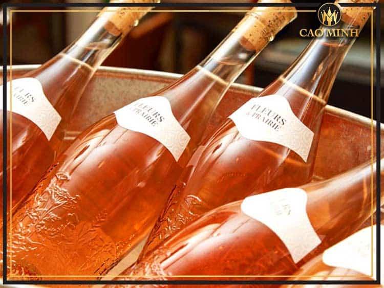 Giá rượu vang Pháp Fleurs De Prairie Cotes De Provence Rose thích hợp cho nữ giới, chỉ 370.000đ
