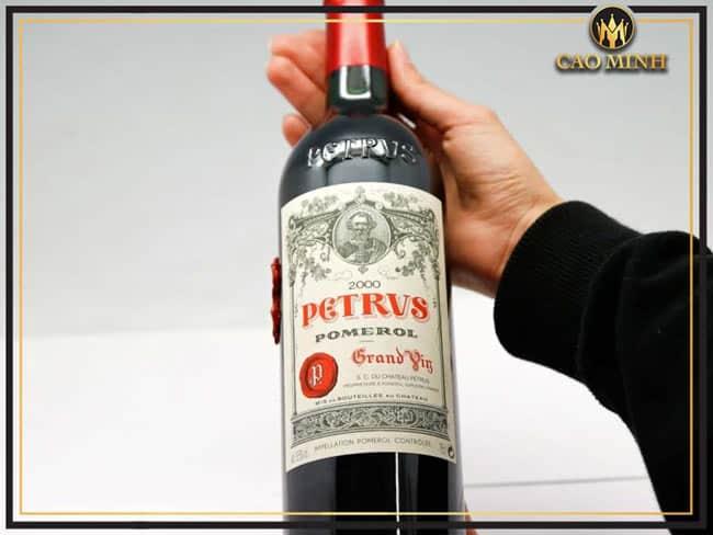 Rượu vang Chateau Petrus 2000