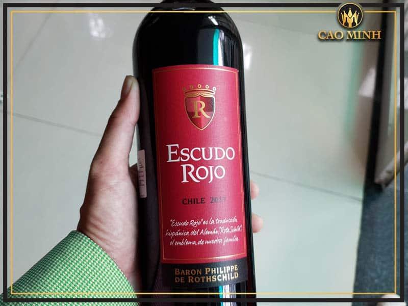 Thông tin rượu vang Escudo Rojo