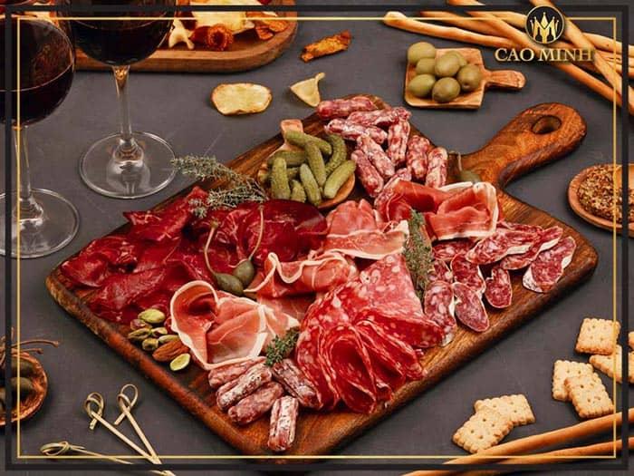 Kết hợp món ăn với rượu vang Chateau Tayac Margaux
