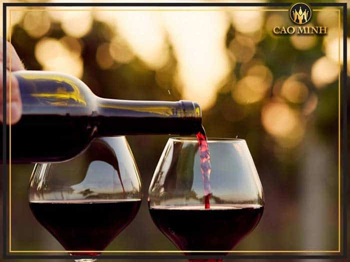 Một vài lưu ý khi sử dụng ly rượu vang đỏ
